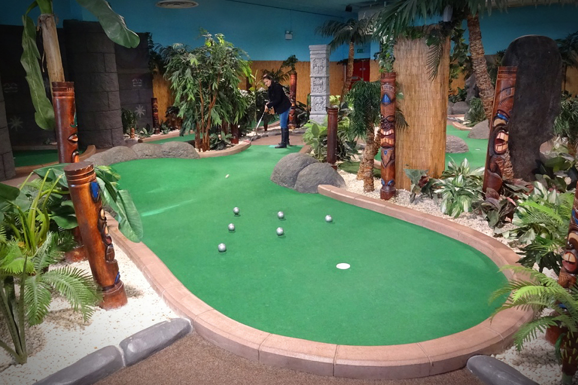 Adventure Island Mini Golf course image